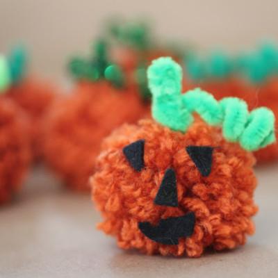 PomPom Pumpkins Guest Post at Bonbon Break