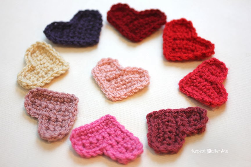 Crochet A Heart : Easy Crochet Heart Pattern - Repeat Crafter Me