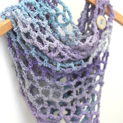 One Skein Cowl with Lion Brand Textures Yarn
