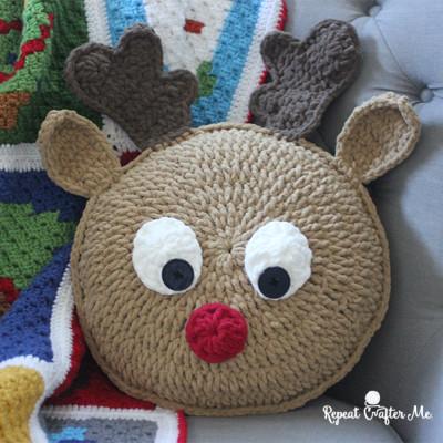 Crochet Rudolph Pillow
