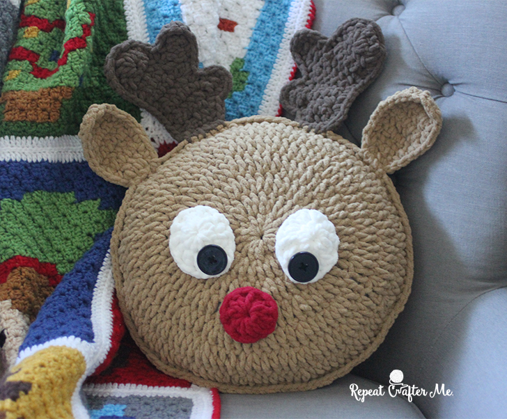 Crochet Rudolph Pillow Repeat Crafter Me