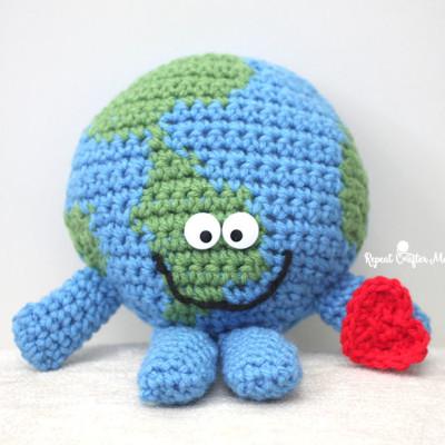 Crochet Planet Earth Cuddle Buddy