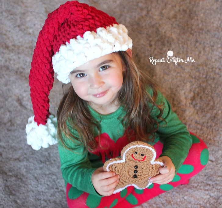 If you missed my cute little crochet Gingerbread Man pattern (that Zoe is  holding in the photo above) you can find it HERE. Another quick and easy  Christmas ... d27ab42cf33
