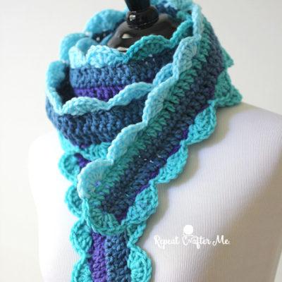 Crochet Skinny Scalloped Scarf
