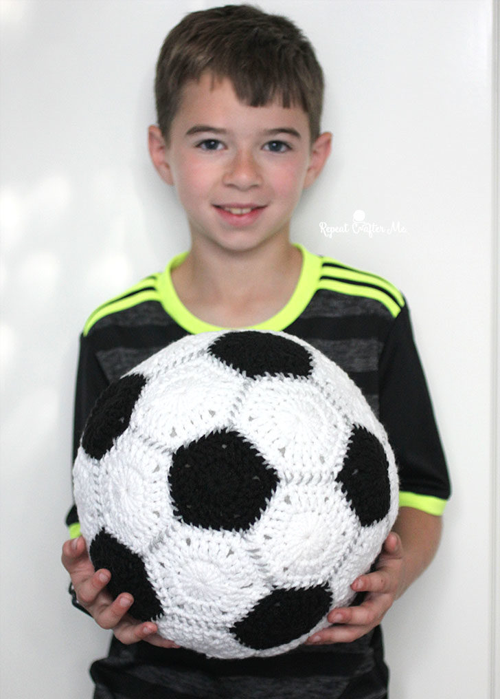 Crochet Soccer Ball Repeat Crafter Me