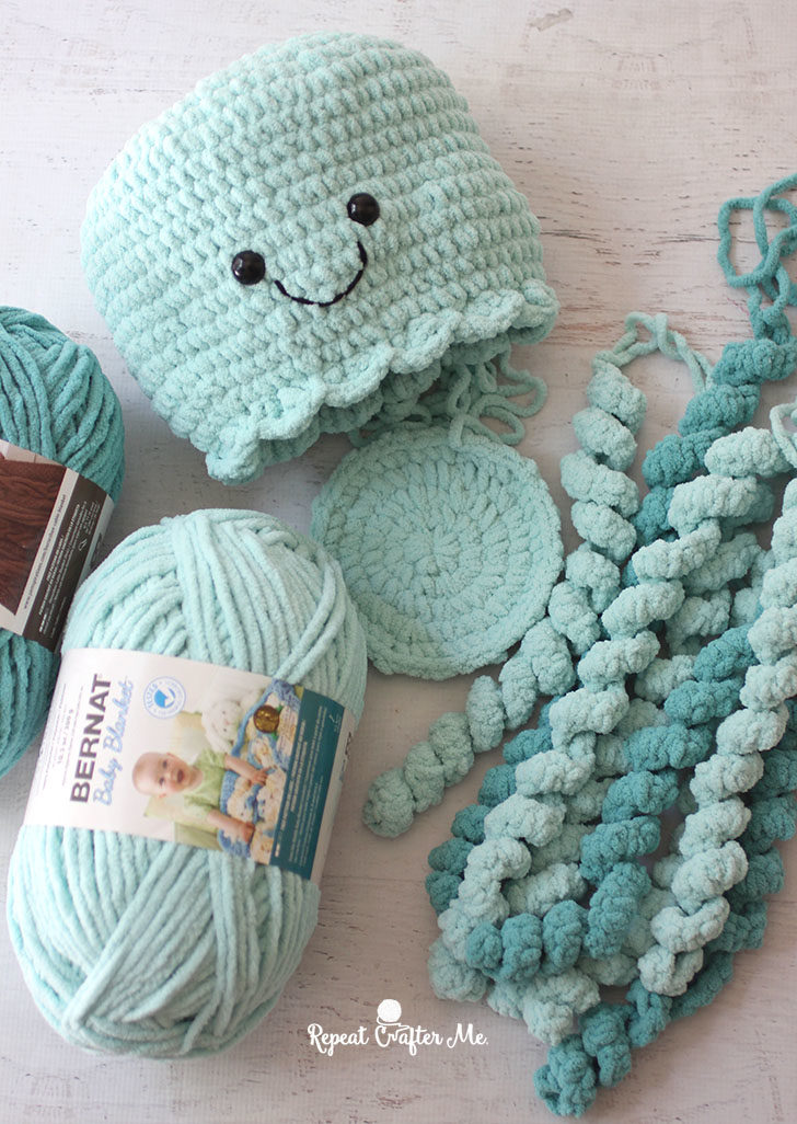 Giant Crochet Jellyfish - Repeat Crafter Me