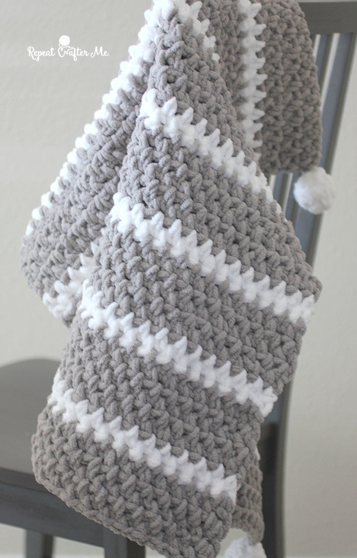 Quick And Easy Bernat Moss Stitch Baby Blanket Repeat Crafter Me