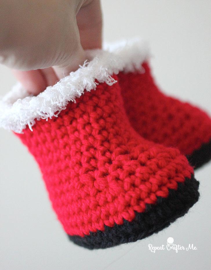 Crochet Santa Baby Booties Repeat Crafter Me