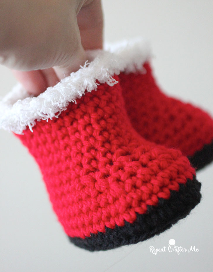 a645d95819cb Crochet Santa Baby Booties - Repeat Crafter Me