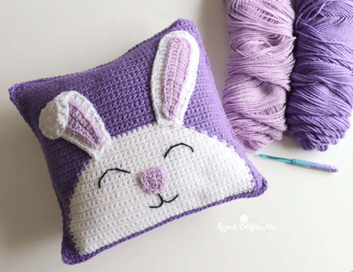 http://www.repeatcrafterme.com/wp-content/uploads/2021/03/BunnyPillow5-728x561.jpg