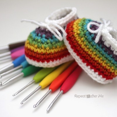 Crochet Rainbow Baby Booties made with Clover Amour Crochet Hooks