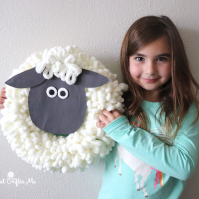 Bernat Alize EZ Sheep Wreath Craft #LetsStitchTogether