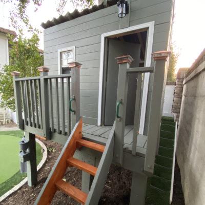 DIY Backyard Treehouse